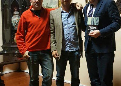 . De izquierda a derecha; los autores, Alfredo Moreno y Alfonso Ferrer, y el historiador Francisco-Javier Castro.