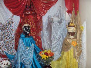 Tronos y soperas de Orishas en Tenerife