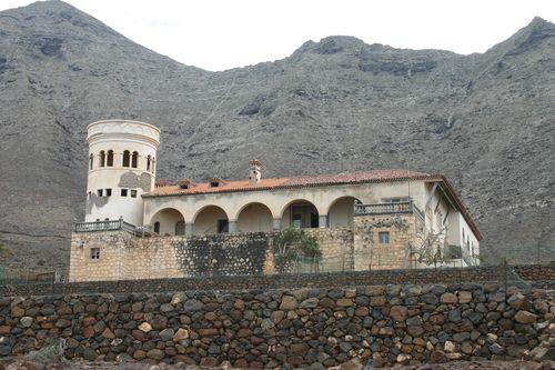 Espías en Canarias; Aparecidos en La Gomera; la Música y el Misterio; EOC, derribando mitos