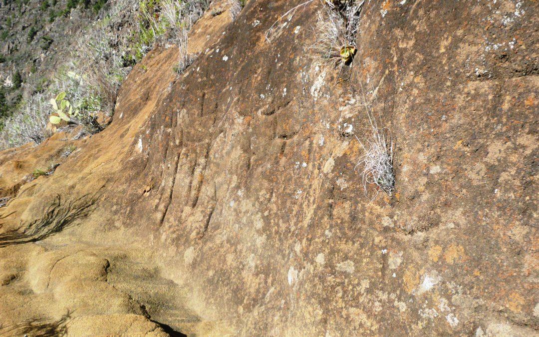Los ancestros, la montaña y el cielo se ensamblan en el Camino de los Tijaraferos (Caldera de Taburiente, isla de La Palma)