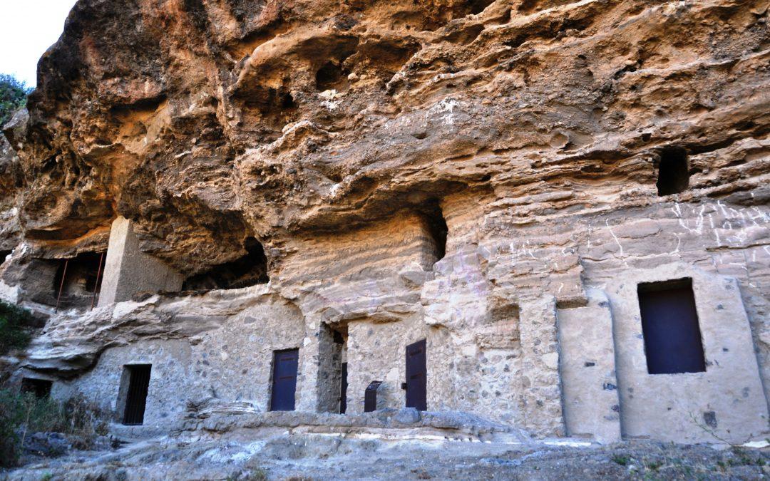 Risco Caído – Las cuevas sagradas