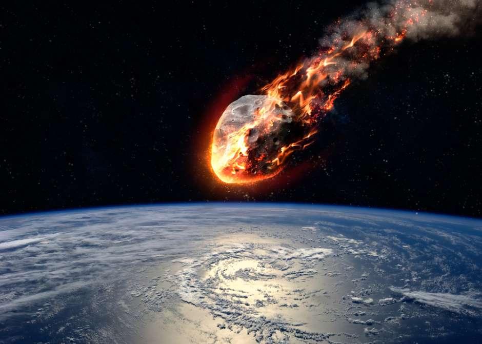 CSB12-2: Historias increíbles de meteoritos; Muerte y más allá en la historia; Informe Tibicena; Atajos mentales; Alimentos saludables; Planeta Cero…